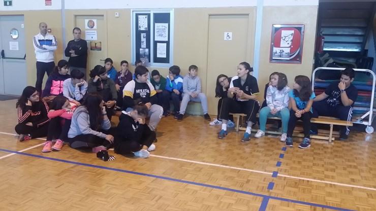 El I E S El Señor De Bembibre Recibe Con Emoción A Las Chicas Del Embutidos Pajariel Club Baloncesto Bembibre